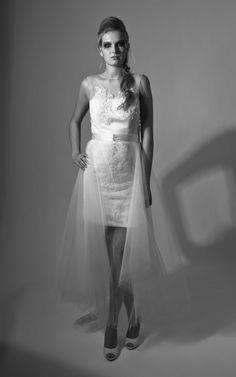 ... Kurzes Kleid / Short Dress - Schleppe - Schwarzweiß / Black and White
