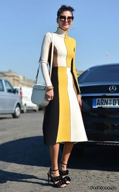 Giovanna Battaglia: Street Style at Paris Fashion Week Spring 2016 Star Fashion, Fashion Photo, Fashion Models, Fashion Outfits, Photoshoot Fashion, Mod Fashion, Dress Fashion, Fall Fashion, Trendy Fashion