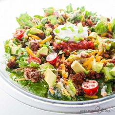 How to make taco salad in just 20 minutes! This easy taco salad recipe is EASY, with common ingredients. And, the whole family will love healthy taco salad with ground beef. Easy Taco Salad Recipe, Taco Salad Recipes, Salad Recipes For Dinner, Healthy Salad Recipes, Vegetarian Recipes, Lunch Recipes, Keto Taco Salad, Keto Recipes, Free Recipes