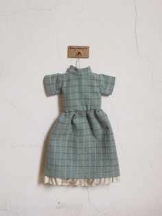 Doll clothes for the dolls of the house...