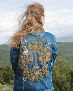 Look at this exciting Embroidery For Beginners - what a very creative design and style Painted Jeans, Painted Clothes, Embroidery On Clothes, Embroidered Clothes, Hand Embroidery Designs, Diy Embroidery, Fjallraven, Embroidered Denim Jacket, Sequin Jacket