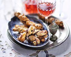 Smördegspinnar med oliver och parmesan
