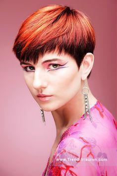 WILLIAM DE RIDDER Kurze Rot weiblich Gerade Farbige Multi-tonalen Bob-Frauen Haarschnitt Büro Frisuren hairstyles