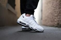 NIKE AIR MAX 95 WHITE/BLACK-BLACK
