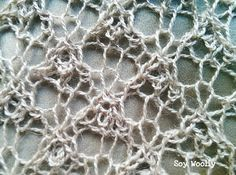 Detalle del punto de encaje ingles despues del bloqueo-Soy Woolly Lace Knitting Stitches, Knitting Designs, Hand Knitting, Crochet Doily Diagram, Crochet Doilies, Irish Crochet, Knit Crochet, Knit Lace, Knitted Shawls
