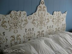 Mega•Crafty: Stenciled Headboard
