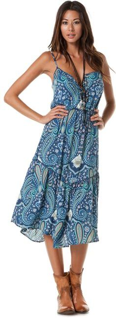 O'Neill Girls Grace Dress. Paisley dreamy designed print paired with cute boots and necklace.