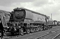 BR (Southern) West Country class  4-6-2  No 34094 'Mortehoe'