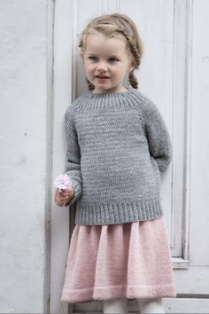 Ravelry: Alfred's Sweater pattern by PetiteKnit Jumper Knitting Pattern, Jumper Patterns, Knitting Patterns, Diy Knitting Projects, Magic Loop, Circular Needles, Summer Blouses, Work Tops, Delena