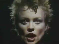 Laurie Anderson - O Superman (Video)
