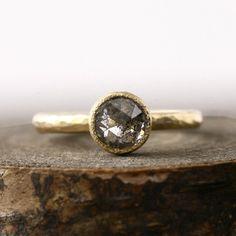 1.01ct trans-black diamond ring