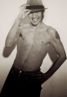John Frusciante being sexy per usual.