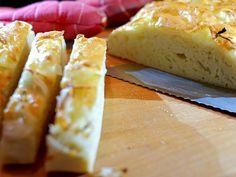 Een wel heel makkelijk kaas uienbrood, heerlijk :)