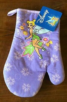 Includes a kitchen towel, oven mitt, and 2 pot holders. Add a touch of Disney decor to your kitchen, or let the little ones use for pretend play. Tinkerbell Pictures, Tinkerbell And Friends, Peter Pan And Tinkerbell, Tinkerbell Fairies, Peter Pan Disney, Disney Fairies, Disney Kitchen Decor, Disney Home Decor, Kitchen Stuff