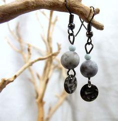 Grey Speckled Bead Earrings Set by MazuriYako on Etsy