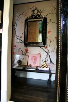 "deGournay ""moment"" with pops of pink & black"