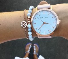 pinterest: darlynprincess ♡ #reloj #michaelkorsmujer #relojmichaelkors #relojes #michaelkorscolombia #colombia Armani Watches For Women, Watches For Men, Ladies Watches, Women's Watches, Wrist Watches, Argentina, Rose Gold Watches, Quartz Watches, Mk Watch