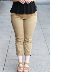 J.Crew Cafe Capri Khaki colored Capri pants by J.Crew. Double clasp front closure. Pockets on either side. Very flattering! J. Crew Pants