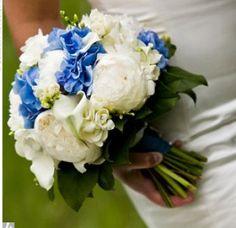 Bouquet Bridal: Blue Rose Bridal Bouquet