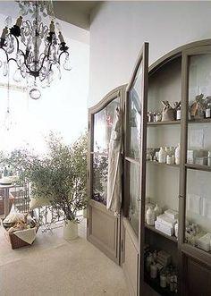 shallow cabinets w/ extraordinary doors