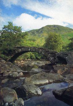 dry stone bridge in Scotland