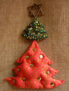 Enfeite para porta ou parede, árvores de Natal <br>Formato total de 33x22 <br> <br>Envio imediato!