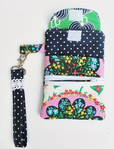 pdf Cell Phone Wristlet Sewing Pattern INSTANT by LittleStitchers