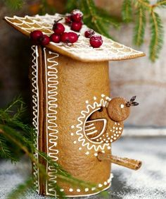 Gingerbread Birdhouse | Content in a Cottage      So Sweet!!!!!