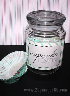 This free printable cupcake label can be downloaded and attached to a glass jar for an easy cupcake liner holder!