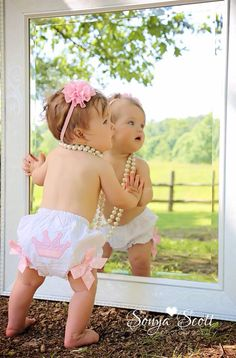 New Baby First Birthday Pictures Girls 1 Year Ideas - - New Baby First Birthday Pictures Girls 1 Year Ideas Baby Baby New Baby First Birthday Bilder Mädchen 1 Jahr Ideen First Baby Pictures, Birthday Girl Pictures, Baby Girl Photos, Infant Pictures, 1 Year Pictures, Birthday Ideas, 6 Month Photos, Infant Photos, Monthly Photos