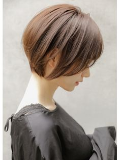 Japanese Haircut Short, Asian Bob Haircut, Bob Haircut Curly, Korean Short Hair, Short Straight Hair, Short Hair Cuts For Women, Teen Girl Hairstyles, Tomboy Hairstyles, Short Bob Hairstyles