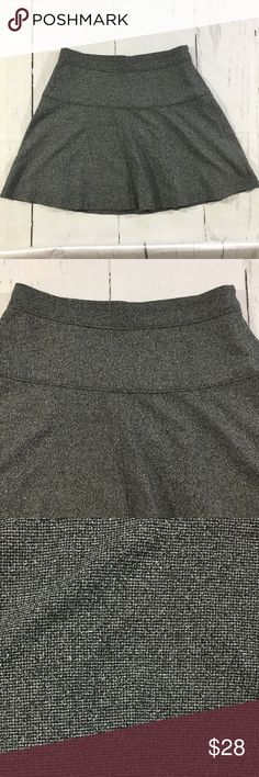 Banana Republic Fit and Flare Skirt • Banana Republic Fit and Flare Skirt black and White Marled  • Perfect for fall with tights • Size 8 - waist 30, hips 42, length 18 • Polyester Rayon Spandex • Lined • Nonsmoking home Banana Republic Skirts Circle & Skater