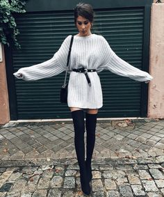 kleider für overknees 15 besten Not sure that I'd do the heals but I'm crazy about this look! Winter Fashion Outfits, Fall Winter Outfits, Look Fashion, Autumn Winter Fashion, Fall Fashion, Trending Fashion, Gothic Fashion, Fashion Clothes, Womens Fashion