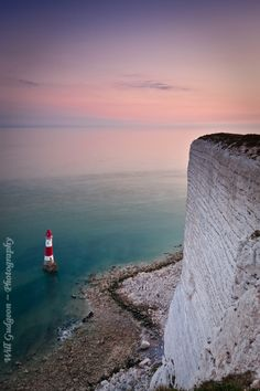 Beachy head lighthouse by Will Gudgeon, via 500px.