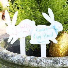 Easter Bunny Egg Hunt Sign at lisaangel.co.uk