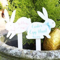 Easter Bunny Egg Hunt Sign at lisaangel.co.uk