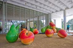 claes oldenburg | Claes Oldenburg's giant world artwork (24 Photos) » Claes-Oldenburg ...