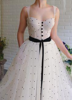 Dua Polka Dots Gown - Dua Polka Dots Gown – Teuta Matoshi Source by theflamingobride - Elegant Dresses, Pretty Dresses, Vintage Dresses, Evening Dresses, Prom Dresses, Formal Dresses, Special Dresses, Wedding Dresses, Summer Dresses