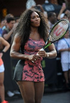 """Serena Williams Photos - Tennis player Serena Williams attends Nike's """"NYC Street Tennis"""" Event on August 2015 in New York City. Serena Williams Photos, Serena Williams Tennis, Venus And Serena Williams, Selena Williams, American Tennis Players, Tennis Players Female, Serena Tennis, Femmes Les Plus Sexy, Tennis Clothes"""