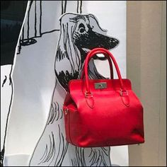 Hermes Foamcore Fashion Dogs Hermes Window, Foamcore, Visual Merchandising, Cat Lovers, Two By Two, Retail, Purses, Dogs, Ideas