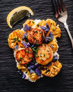Sous Vide Scallops, Cauliflower and Brown Butter Tahini Sauce. Sous Vide Vegetables, Cauliflower Steaks, Cauliflower Sauce, Sous Vide Cooking, Scallop Recipes, Tahini Sauce, Food Trends, Cooking Recipes, Tofu Recipes