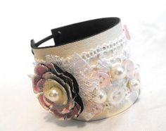 Leather and lace cuff bracelet. Shabby chic leather ❤ by julishland Fabric Bracelets, Fabric Jewelry, Cuff Bracelets, Leather Bracelets, Shabby Chic Christmas Ornaments, Mixed Media Jewelry, Lace Cuffs, Jewelry Making, Diy Jewelry
