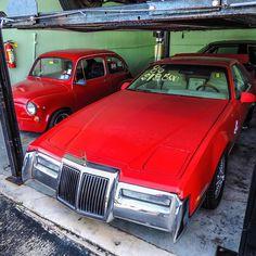 Zimmer Quicksilver #zimmer #quicksilver #americancar #americanmuscle #defunctautos #vintagecar #morninautos #soloparking #chivera #fiat #fiat500 #cinquecento #topolino (at South Beach Classics)