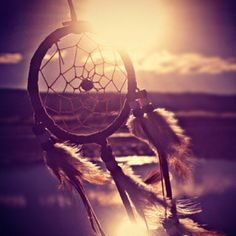 I'm kinda obsessed with dream catchers :) and I REALLLY want one for my car!