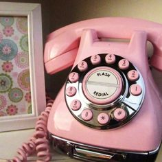 cute retro pink color telephone with radio buttons Shabby Vintage, Vintage Pink, French Vintage, Vintage Antiques, Vintage Style, Shabby Chic, Pink Love, Pretty In Pink, Hot Pink
