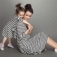 Moda mãe e filhos casal olhar família tarja correspondência outfits bebê roupas das meninas vestido crianças vestido de mãe e filha clothing