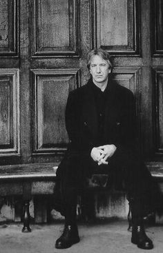 Happy birthday to the incomparable Alan Rickman. His existence in the world is worth celebrating ;-)