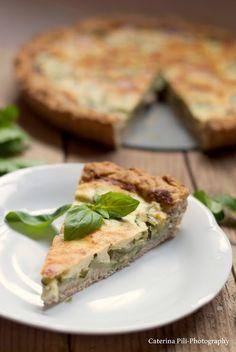 Torta salata integrale con ricotta e zucchine