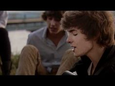Jack and Jenny's - Où Tu Veux (Clip Officiel) Great sound for this French Group, young guys. French Songs, French Films, Teaching Schools, Elementary Schools, French Verbs, French Education, French Classroom, French Clip, French Resources