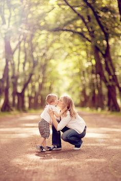 Mommy and son @Emily chandler I want this pose with asher Wednesday! Let's not forget!